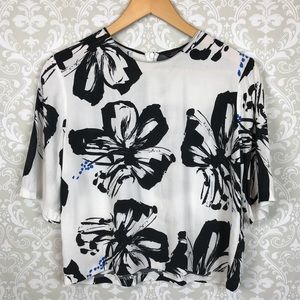 ZARA WOMAN Floral Cropped Blouse